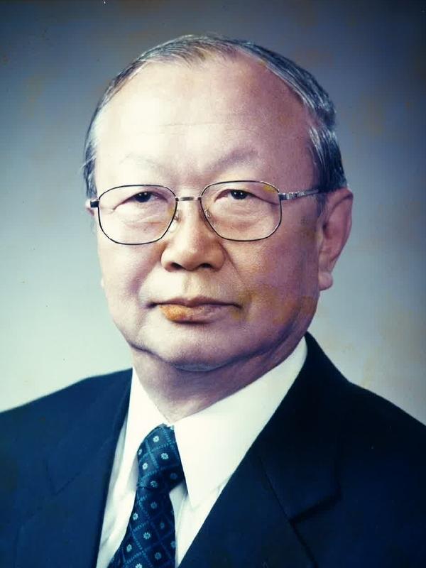 John, Yong Won사진